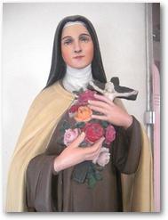 Statue de Ste Thérèse de Lisieux, vestibule du clocher d'Hersin (église St Martin)