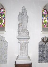 Noeux-les-Mines, Notre Dame des Victoires sur son pilier