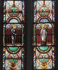 Noeux-les-Mines, église St Martin, verrière du choeur (côté gauche), Ste Jeanne D'Arc et St Martin