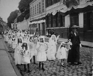 1912 Procession Arras