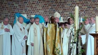 Monseigneur Jaeger nous donne la bénédiction de Dieu