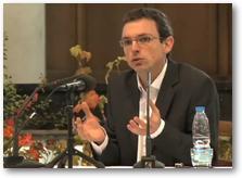 Loic Figoureux, docteur en histoire. Conférencier