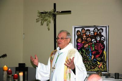 Mgr Jaeger à Longuenesse en 2012.