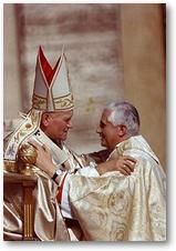 Jean_Paul_II_et_Benoit_XVI
