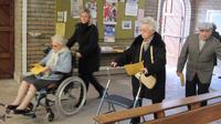 Jeudi Saint - Arrivée des personnes âgées à No