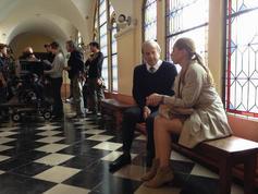 Mathilde Seigner et Patrick Chesnais en répétition dans les couloirs de la Maison Diocésaine d'Arras