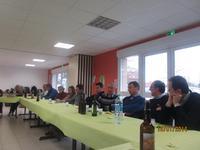 Repas débat à Richebourg. Maison des Paroisses