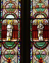 Noeux-les-Mines, église St Martin, verrière droite du choeur : St Joseph et Ste Barbe