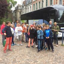 Arrivé du bus devant la cathédrale