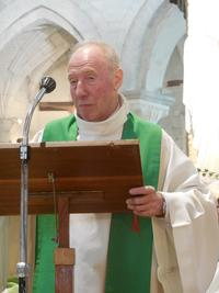 accueil de l'abbé Jean-Paul Hazelart