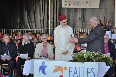 Jeudi 19 avril 2018 - ceremonie pour la paix (Phot