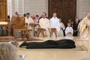 C2 Ceremonie 3'' litanies des saints