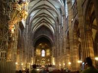 Absolute_Cathedrale_Strasbourg_interieur_01-300x22