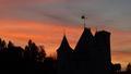 Château dans le soleil couchant