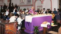 photo 4 Notre Pere recite avec les enfants