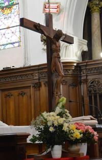 P13 La croix
