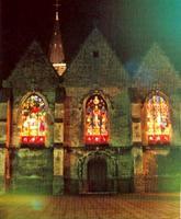 Eclairage des vitraux lors de leur restauration