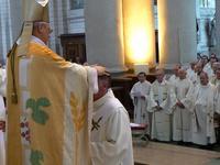 Mgr invoque l'Esprt-Saint pour les futurs prêtres