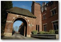 Portail d'entrée de l'abbaye