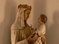 Une représentation intimiste, le regard. Dialogue entre Marie et Jésus