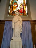 Statue en l'église Notre Dame en Cité