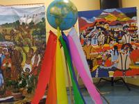 La solidarite mondiale symbolisee