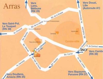 Position de la Maison diocésaine dans Arras