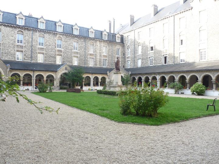 Voyage reims organis par le sem de la paroisse - Maison et jardin pure utrecht reims ...