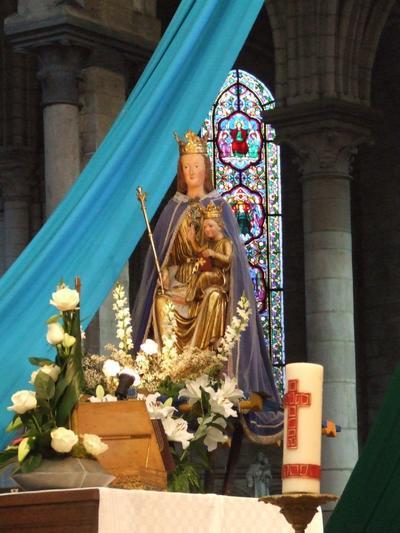 statue cathédrale St Omer